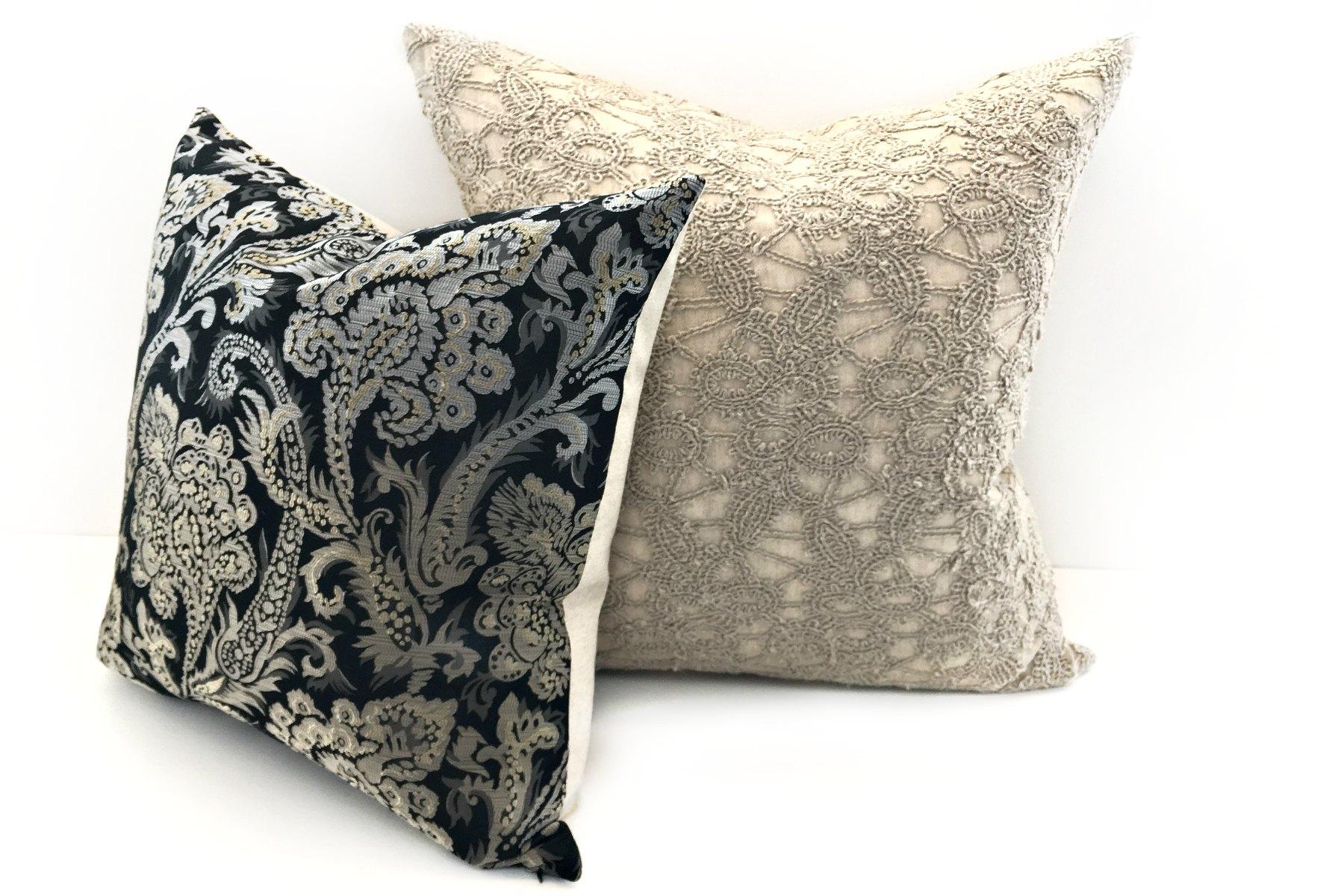 coussins d coratifs classique haut de gamme essliving. Black Bedroom Furniture Sets. Home Design Ideas