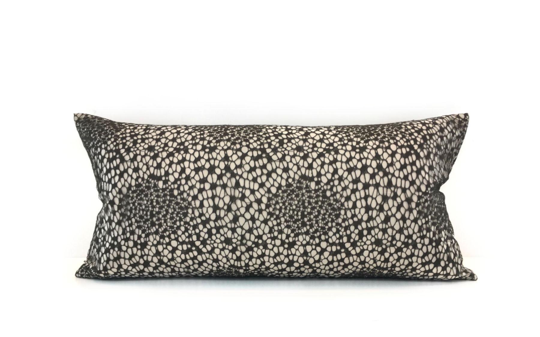Cushion | Urban Lace